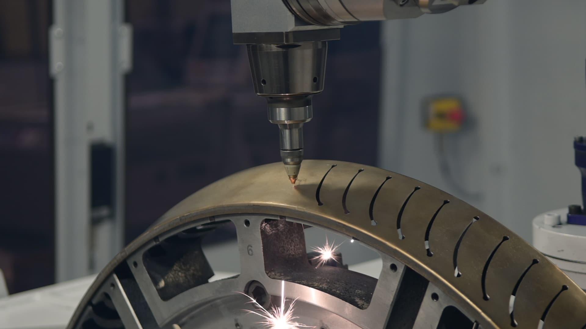 Coaéro - Machine découpe laser