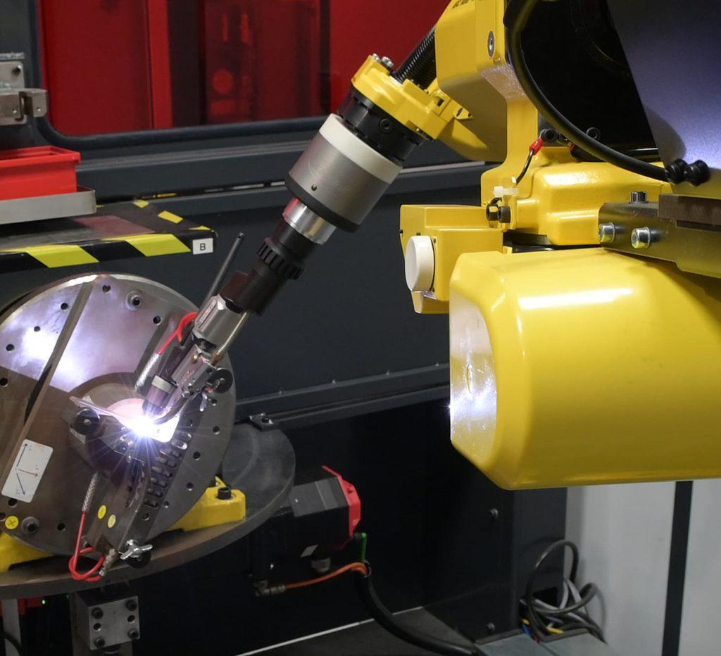 robot de soudure TIG associé à un double positionneur rotatif - Coaéro